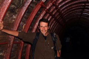Tunel Entrada a la mina catedral