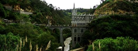 Panoramica Basilica Las Lajas