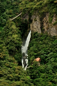 Cascada Pailon del Diablo