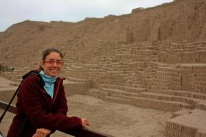 Rutti en Huaca Pucllana