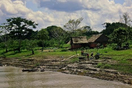 Cabañas rivera del Amazonas