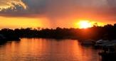 La puesta de sol en el Amazonas