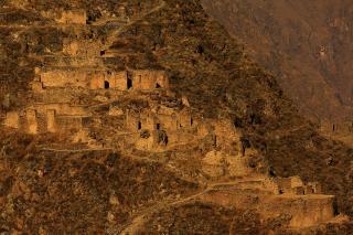 Almacenes Incas, Ollantaytambo