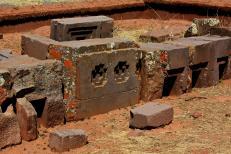 Ruinas de Puma Punku 2