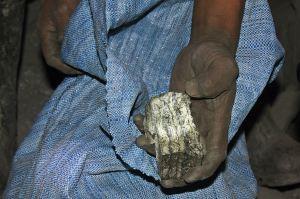 Extracción mineral de estaño