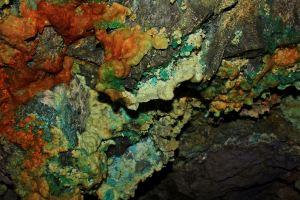 Minerales en el tunel