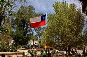 Fiestas patrias, a rebosar de banderas
