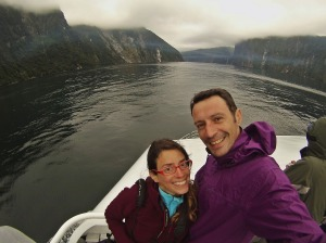 Ruth y Victor de Crucero por Milford Sound