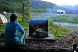 Fogata al atardecer Fiorland New Zealand
