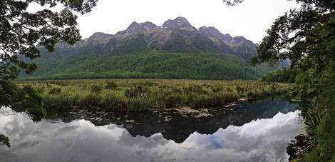 Panoramica Mirror Lake